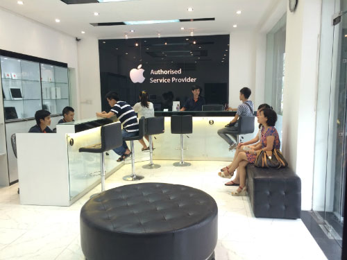 Chỉ mua iphone tại các cửa hàng có uy tín cao để được hưởng các chế độ bảo hành tốt nhất có thể. Ảnh: quantrimang.com.vn