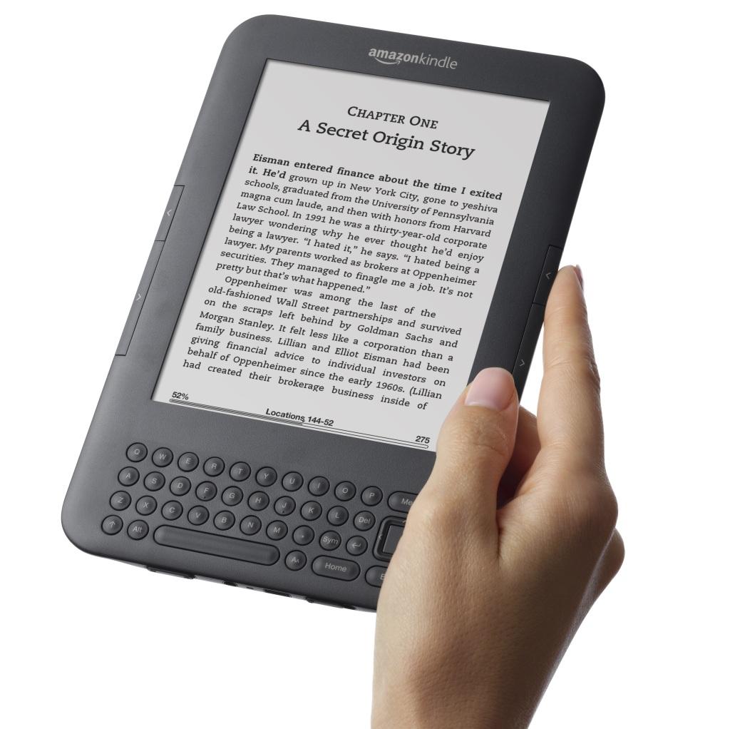 Dưới 2 triệu, nên mua máy đọc sách điện tử nào?
