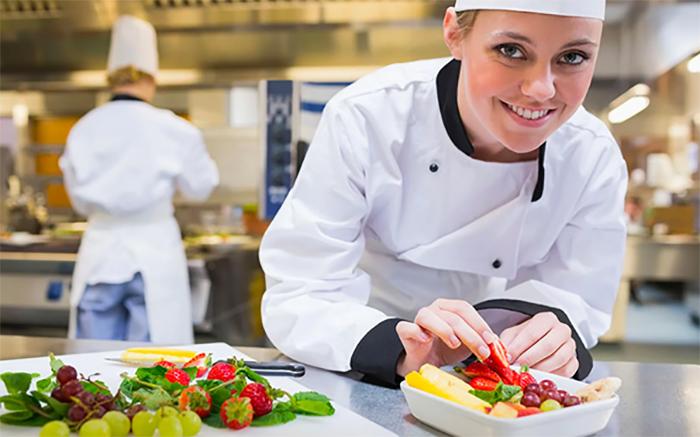 Lương đầu bếp bao nhiêu sẽ phụ thuộc vào danh tiếng, kinh nghiệm, môi trường làm việc