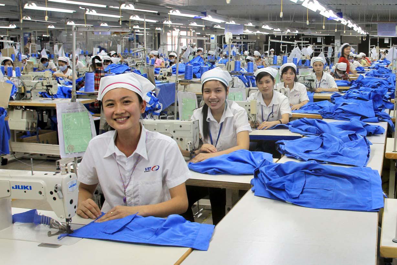 Làm công nhân tại khu công nghiệp