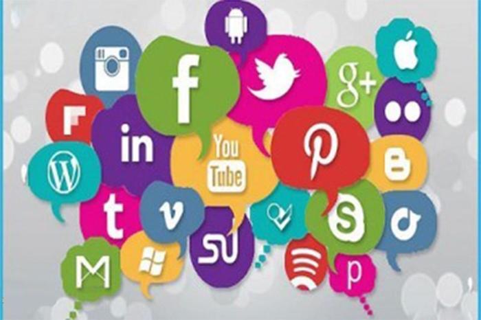 Tìm việc làm thêm tại nhà đơn qua các trang mạng xã hội