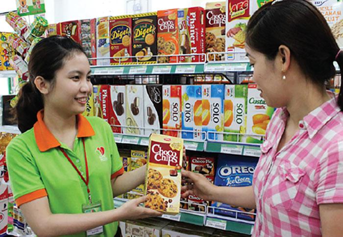 Tăng thu nhập nhờ làm nhân viên thu ngân siêu thị 24h buổi tối