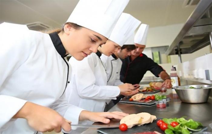 Học đầu bếp cần có ý chí và sự nỗ lực không ngừng