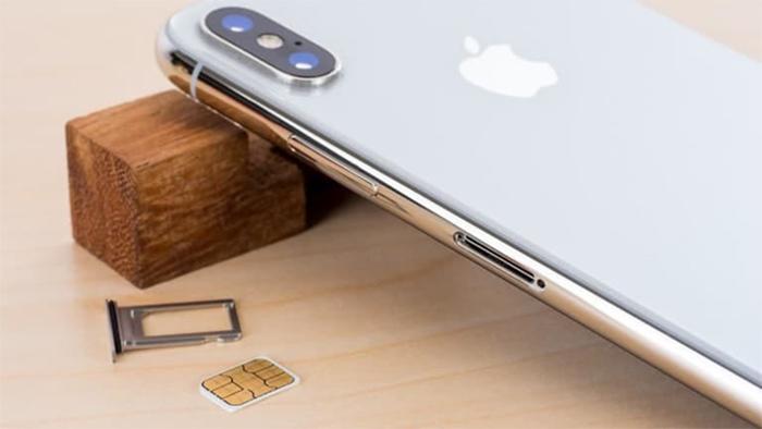Giá iPhone XS Max lock đang rất tốt, rẻ hơn hàng quốc tế đến 5 triệu đồng