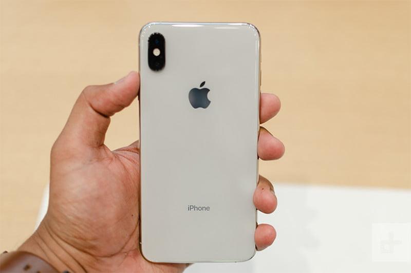 Đánh giá pin iPhone XS