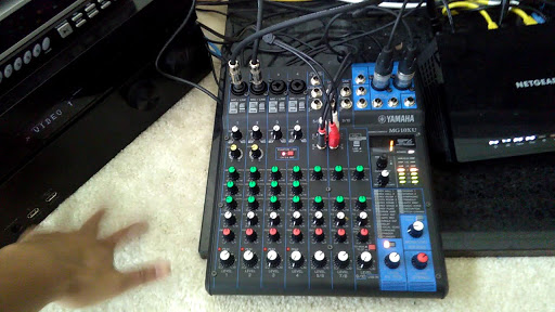 Mixer karaoke Yamaha