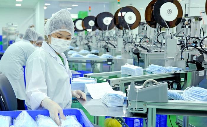 Tuyển công nhân làm khẩu trang tại xưởng, công ty