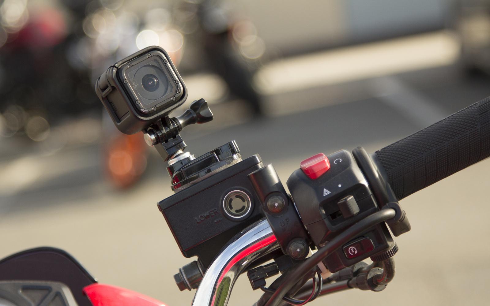 Camera hành trình truyền thống