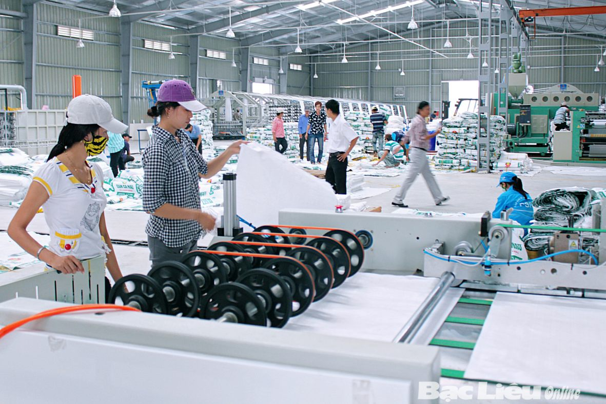Công ty bao bì tuyển dụng công nhân sản xuất bao bì