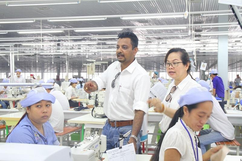 Công ty may ở Bình Dương tuyển dụng quản đốc xưởng may
