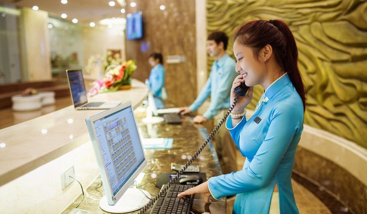 Lễ tân khách sạn ca đêm tại Đà Nẵng