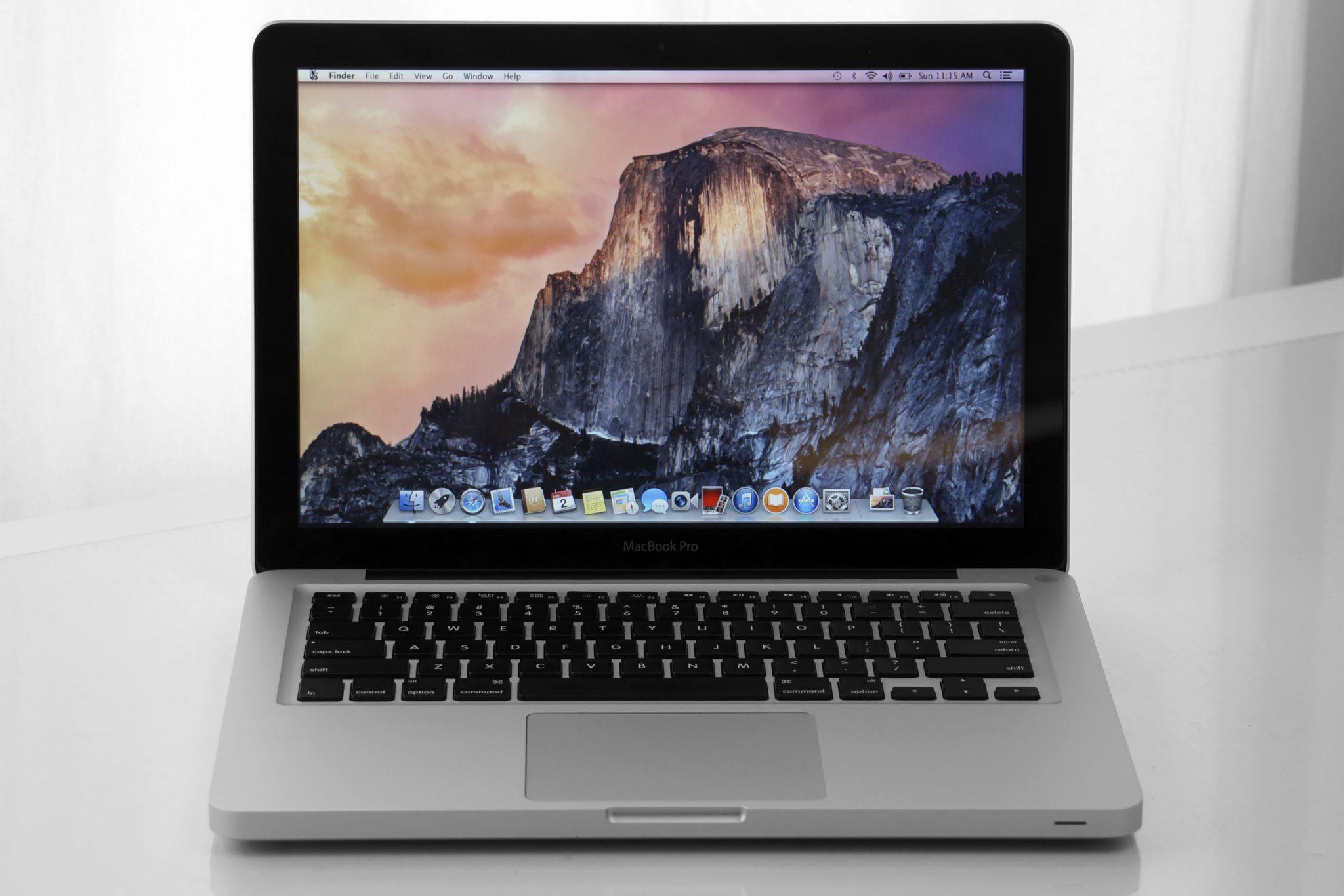 giá macbook pro 2011