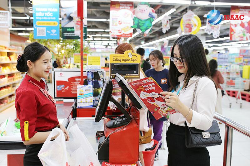 nhân viên thu ngân siêu thị tại Hà Nội
