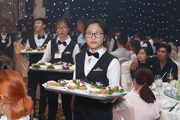 Phục vụ nhà hàng tiệc cưới tại Thủ Đức