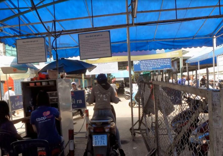 Siêu thị Coopmart Bến Tre tuyển dụng nhân viên giữ xe, giám sát camera an ninh