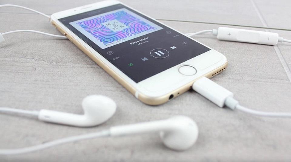 mua tai nghe iphone 7