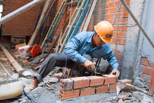 Thợ xây tìm việc làm theo công trình tại Hà Nội