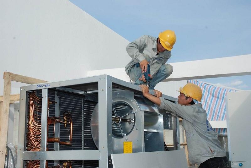 Thợ lắp điều hòa công nghiệp
