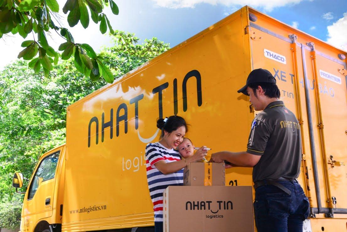 Tuyển lái xe giao hàng bằng xe tải, container