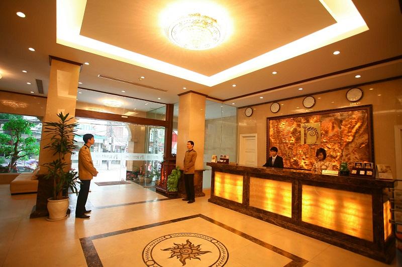 Tuyển lễ tân khách sạn 5 sao TPHCM
