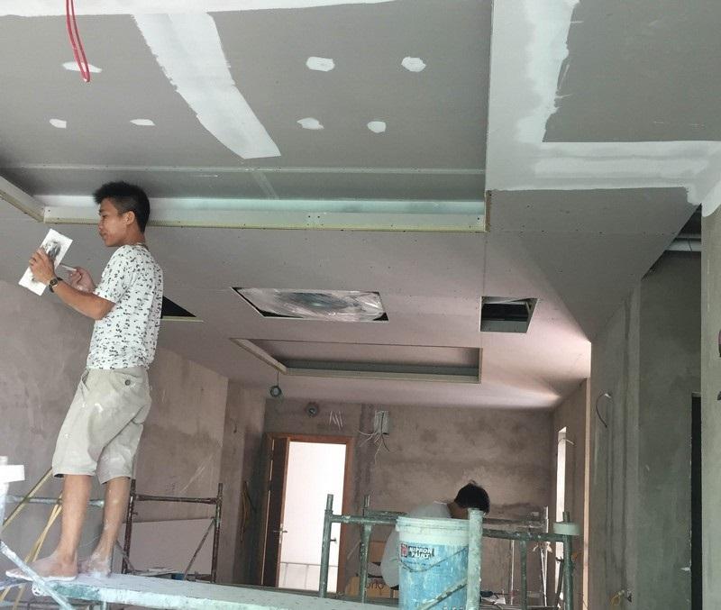 Tuyển thợ thạch cao phụ tại TPHCM