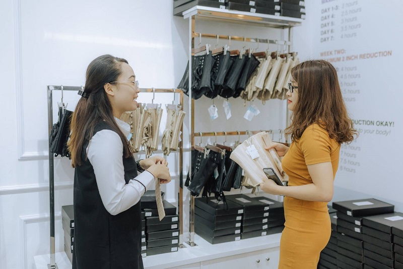 Việc làm bán shop quần áo thời trang