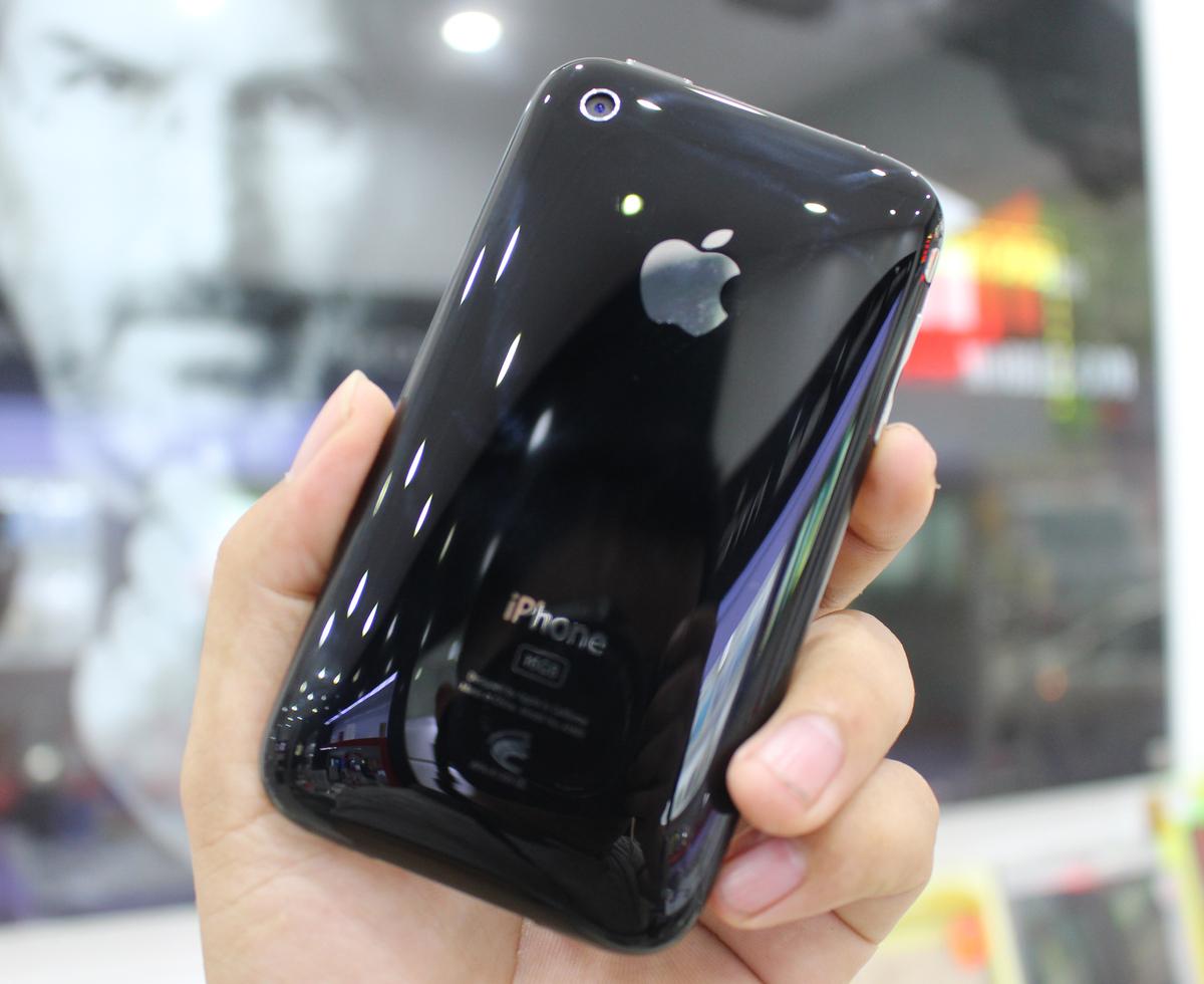 Bạn có biết iPhone 3 ra đời năm nào, vì sao được ưa chuộng?