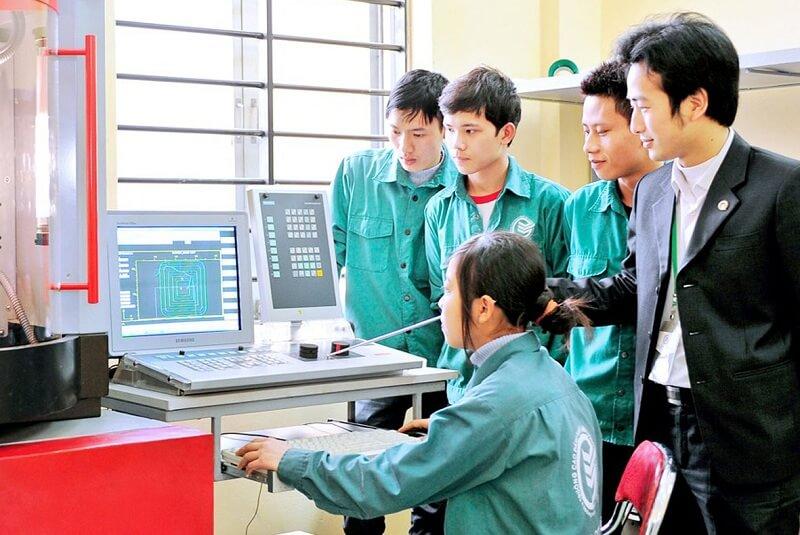 tuyển dụng lao động phổ thông tại bình dương