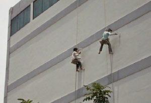 """Bí quyết chống thấm tường ngoài trời """"chuẩn không cần chỉnh"""""""