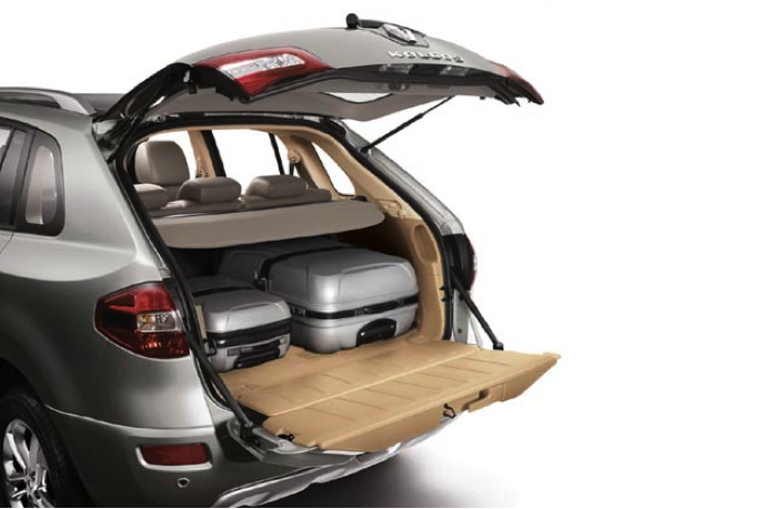 Khoang hành lý của Renault Koleos SUV 2013. Nguồn: ibnlive.in.com