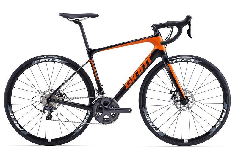 Giant Defy Advanced 1 có giá 61 triệu đồng. Nguồn: giant-bicycles.com.vn
