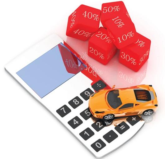 Chọn phương án vay với mức lãi suất phù hợp khi làm thủ tục mua ô tô trả góp. Ảnh: baomoi.com