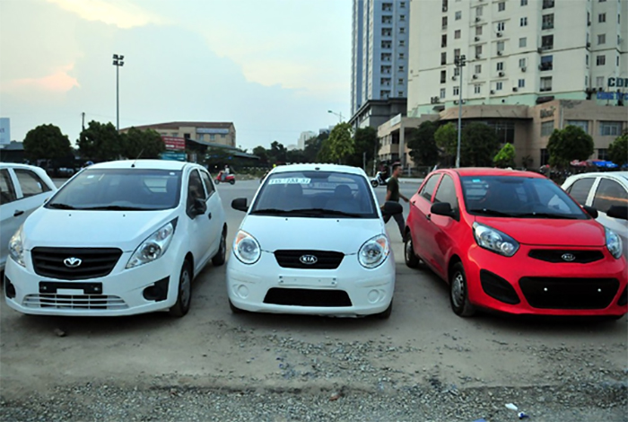Có nhiều loại xe ô tô để chọn mua trả góp chạy dịch vụ