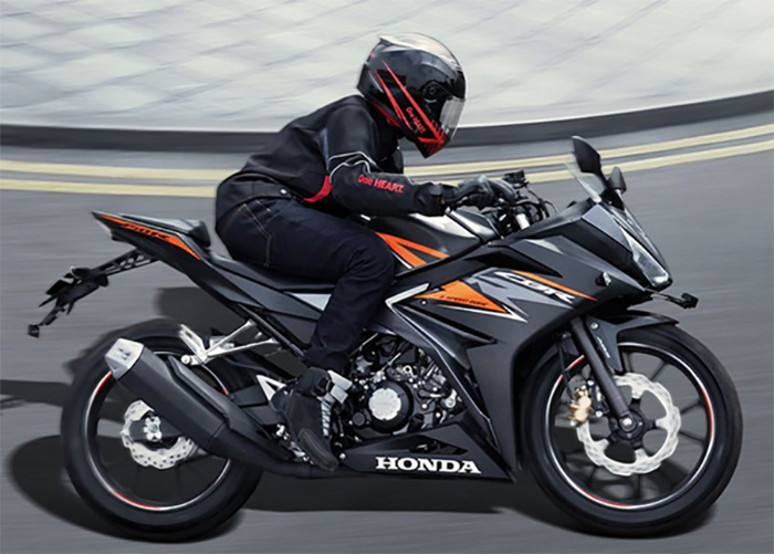 Xe Honda CBR150R phiên bản 2019 gọn nhẹ nhưng chắc chắn