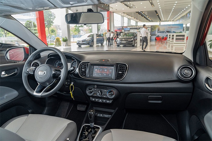 Trang bị tiện ích trong xe Kia Soluto 2019 được đánh giá cao