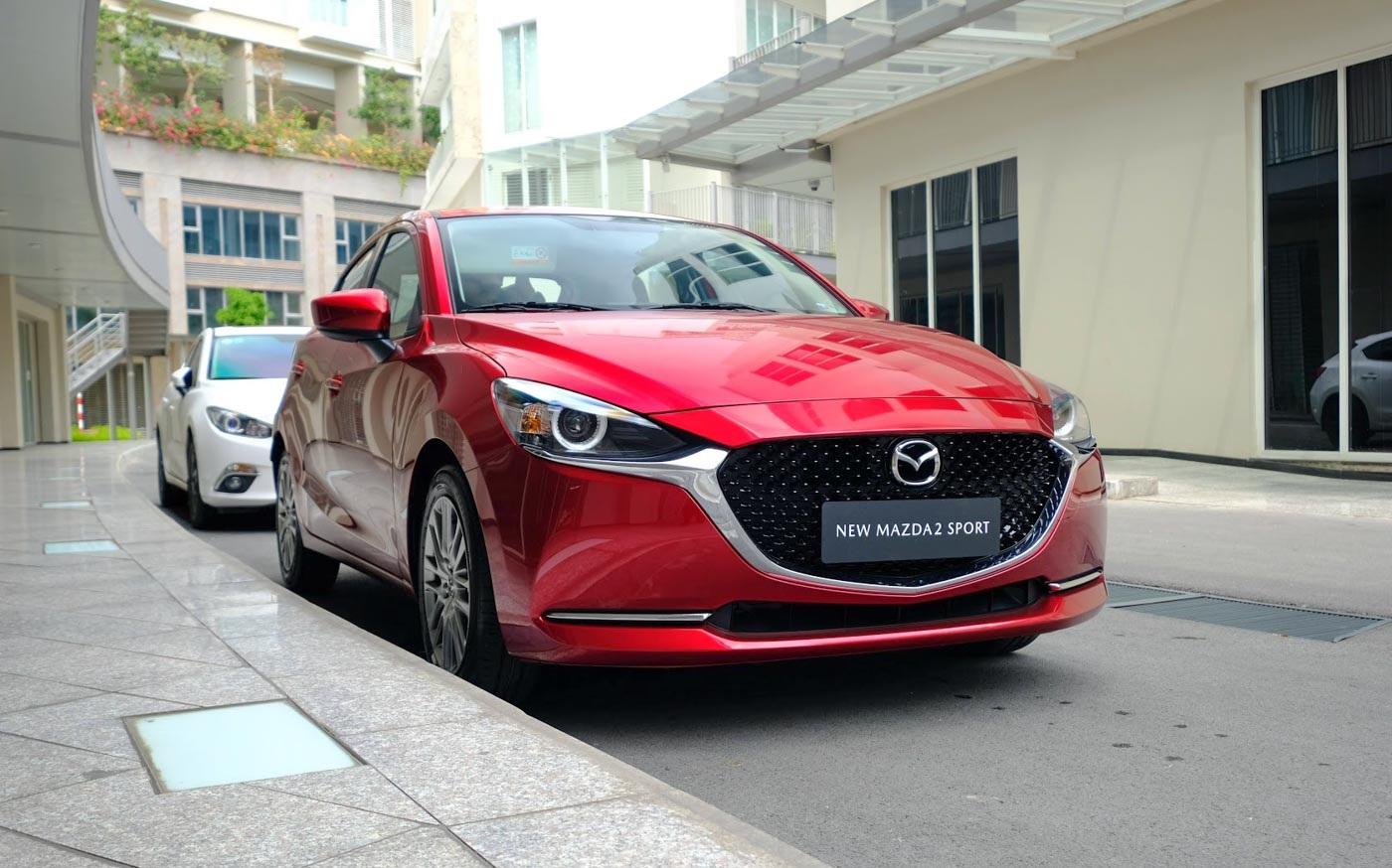 xe Mazda 2 Sport