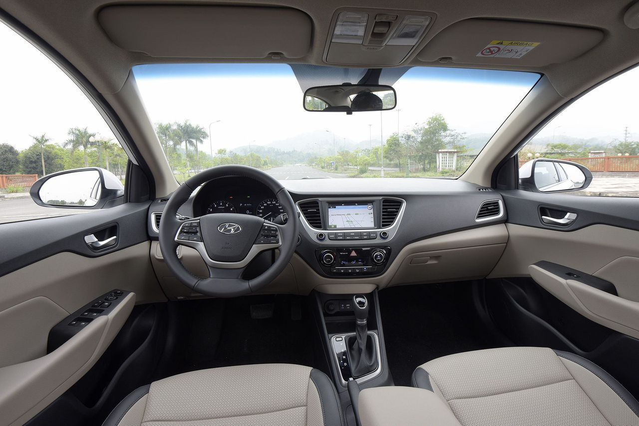 xe Hyundai Accent 3