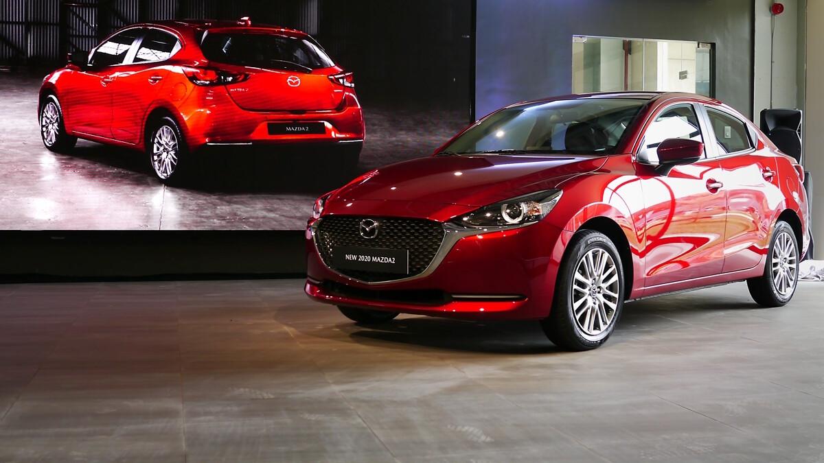 xe Mazda 2